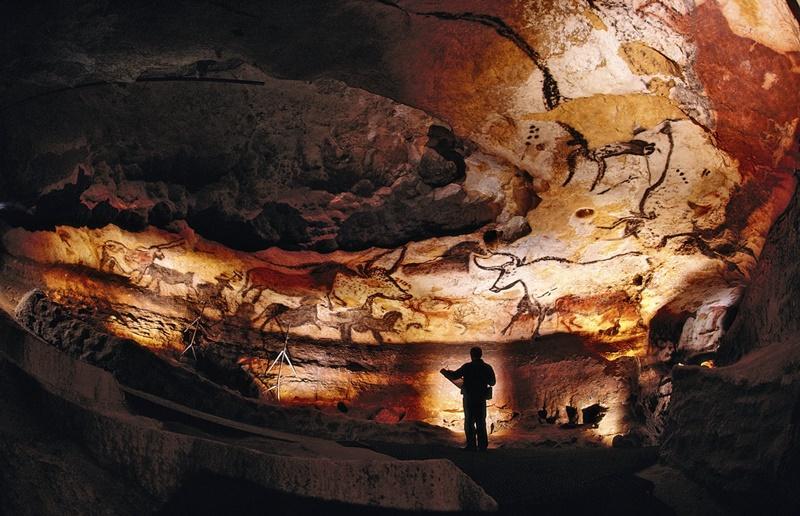 cuevas de lascaux dia internacional del diseño grafico impremta novagrafic cambrils vila seca tarragona